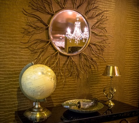Krug Suite Globe, Table and Mirror