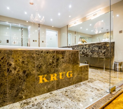 Krug Suite Hot Tub